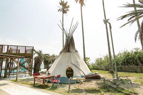 白浜フラワーパークのティピー型テント