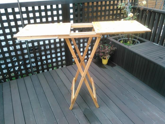 天板を両側に広げた自作テーブル