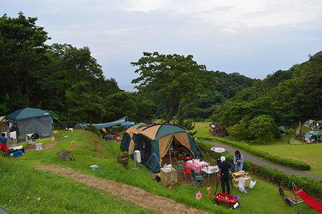 休暇村竹野海岸でのキャンプの様子