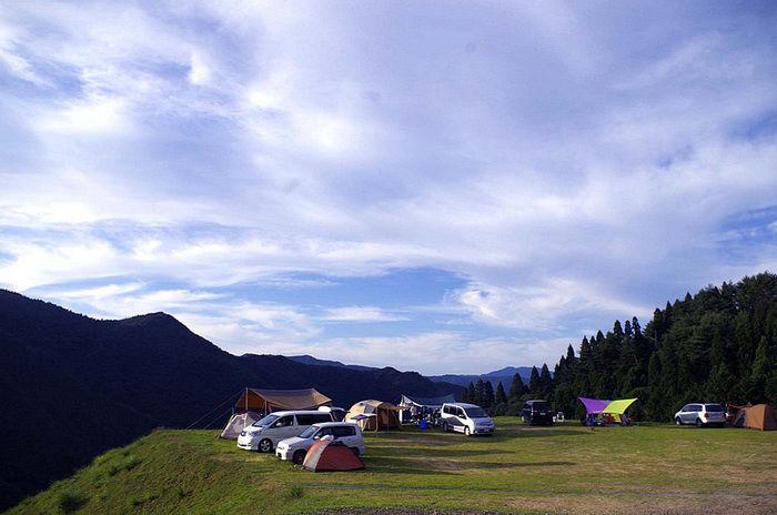 若杉公園おおやキャンプ場でのキャンプの様子