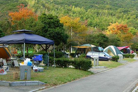 休暇村紀州加太でのキャンプの様子
