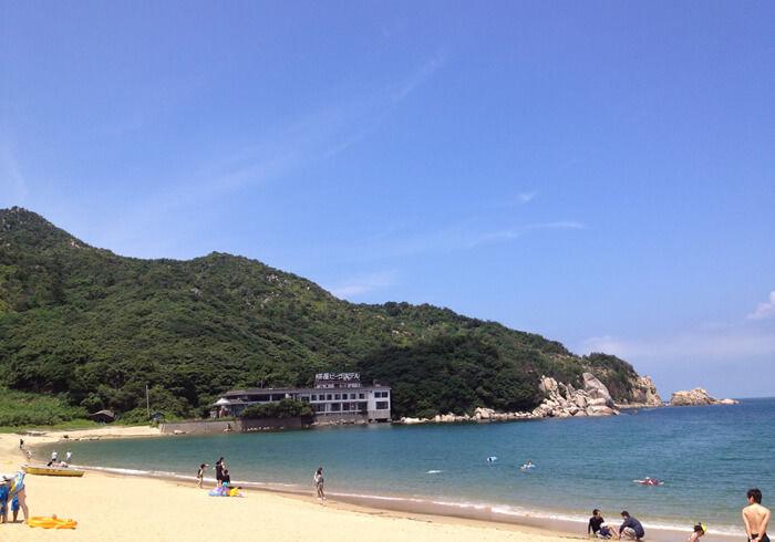 芥屋海水浴場の海