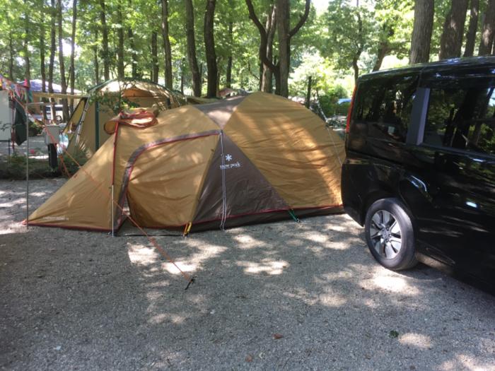 張られたテント