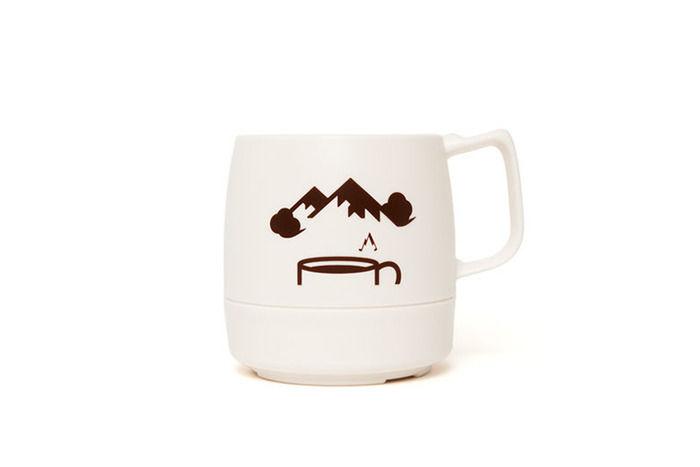 断熱材入り オフホワイトのマグカップ