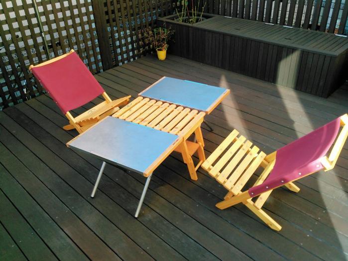 テーブルとクーラー台を組み合わせてロースタイルのサイドテーブルに