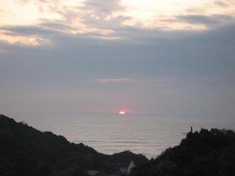 ワイルドキッズ岬オートキャンプ場の海と夕日