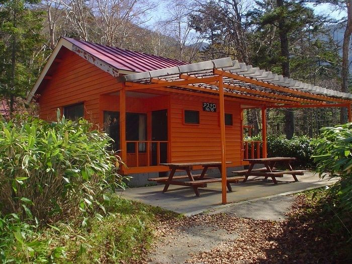 菅沼キャンプ村のコテージ