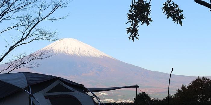 テントから臨む富士山