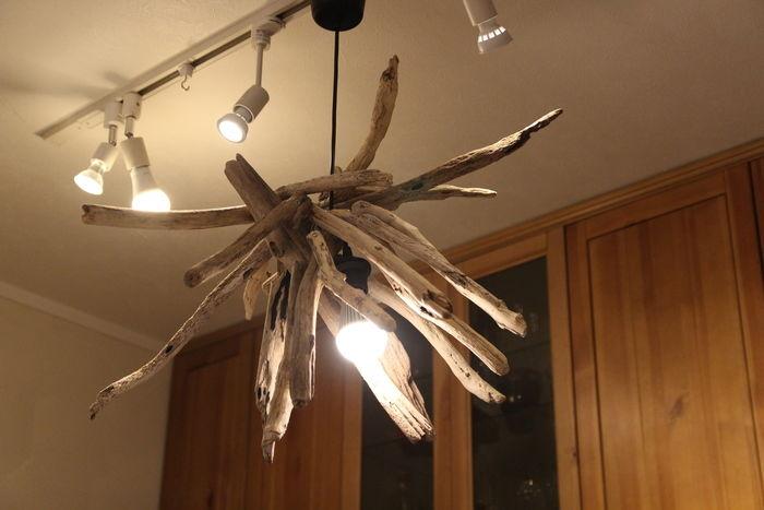 流木で作ったランプシェード
