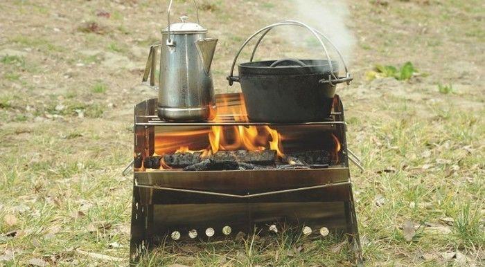 ユニフレーム 薪グリルで調理