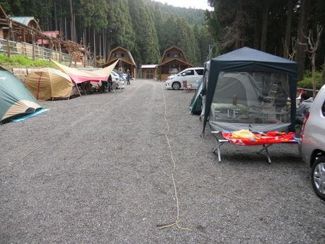ファミリーオートキャンプ場いのせのキャンプサイト