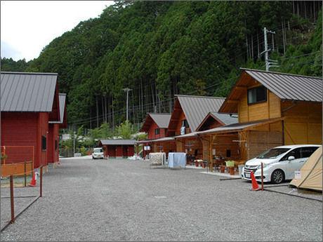 坪の内オートキャンプ場のコテージ