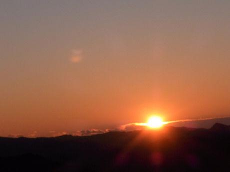 竜洋海洋公園オートキャンプ場から見える初日の出