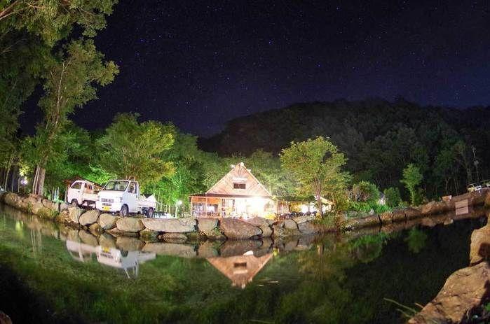 夜のナラ入沢渓流釣りキャンプ場
