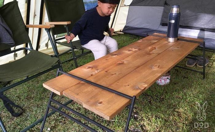オリジナルテーブルを実際に使う様子
