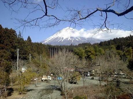 新富士オートキャンプ場から見える富士山