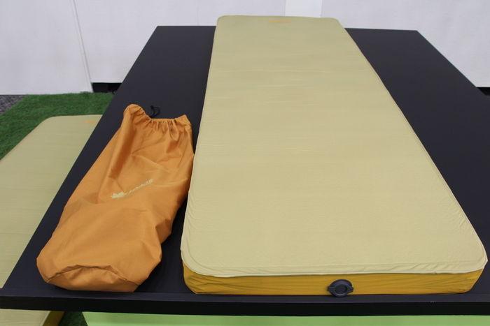 セルフインフレートベッド