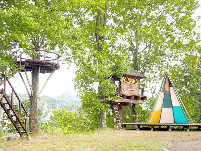 バルンバルンの森のツリーハウス