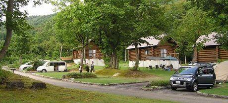 月山・弓張平オートキャンプ場でのキャンプの様子
