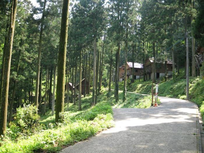 奥平谷キャンプ場のバンガロー