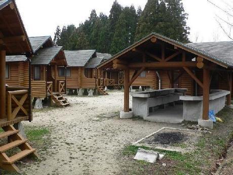 吉野山キャンプ場のコテージ