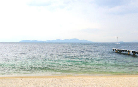 琵琶湖の白い砂浜