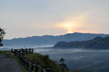 吉滝キャンプ場・コテージ村から見る雲海