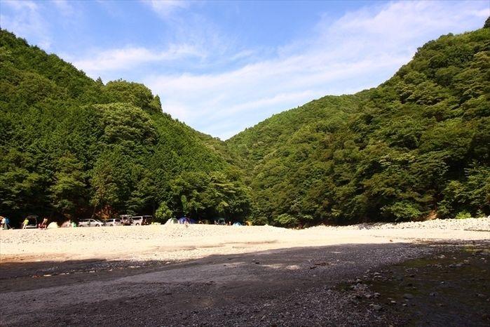 西丹沢大滝キャンプ場の外観
