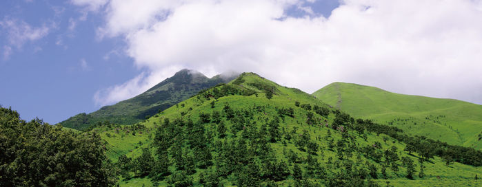 由布岳と九重連山