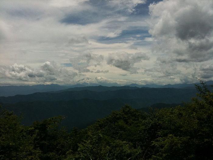 大岳山の山頂からの眺め