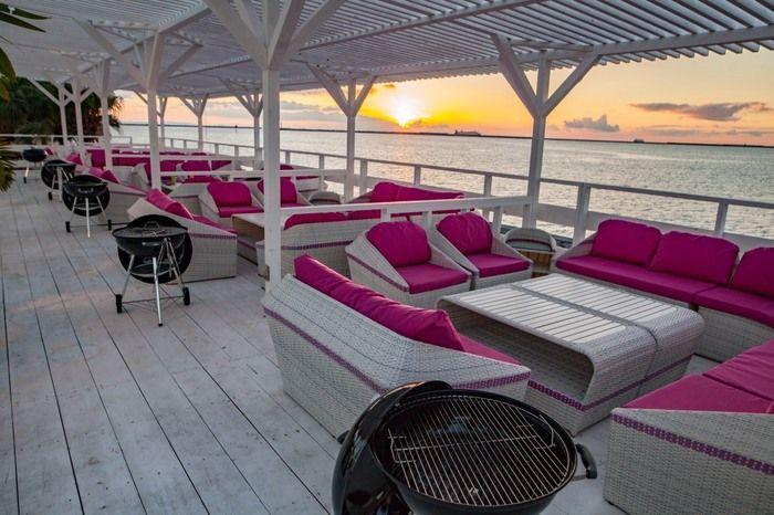 コージービーチクラブのバーベキューサイト