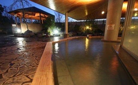 ロハスガルテンキャンプ場の天然温泉かんなの湯