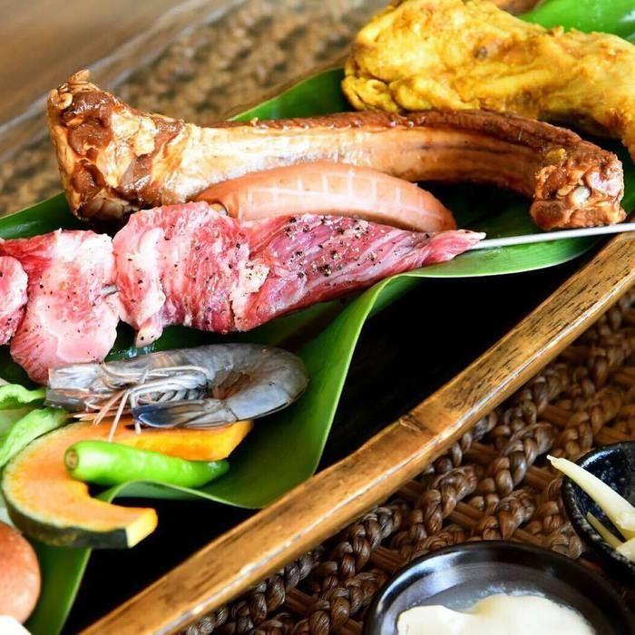 並ぶ石垣島の食材