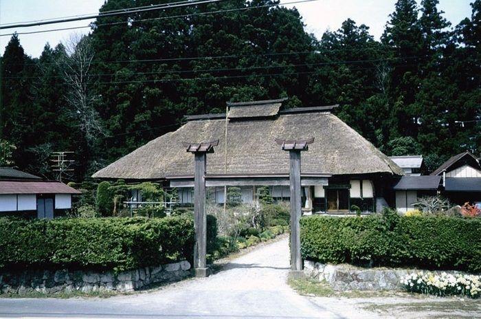 大倉ふるさとセンターキャンプ場の古民家