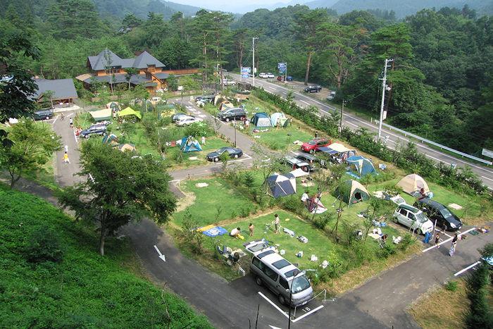天守閣自然公園オートキャンプ場の上空からの様子