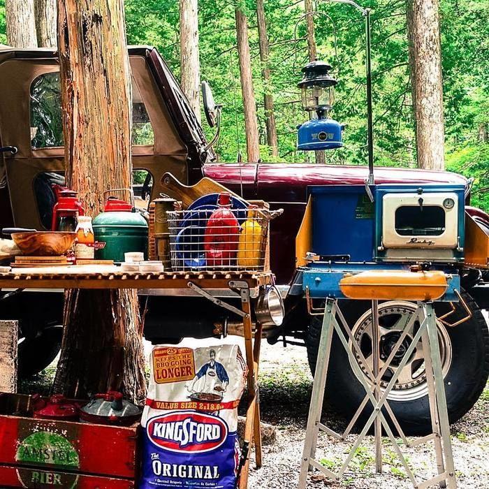 愛車をバックにしたキャンプ