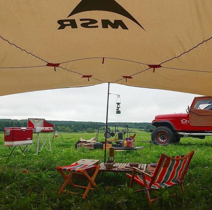 MSRのテントでのキャンプの様子