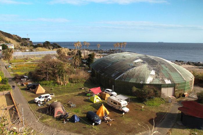海沿いのキャンプサイト