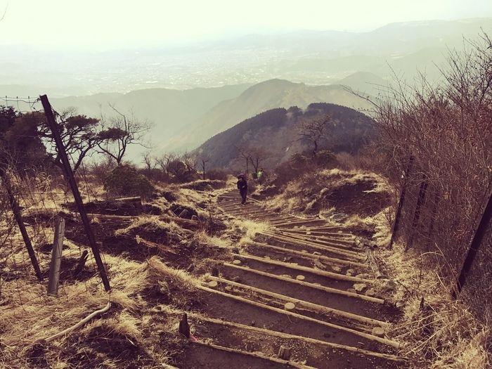 鍋割山の階段