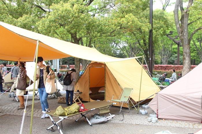 アウトドアデイジャパンのテント展示場