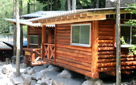 つちうちキャンプ場のログハウス