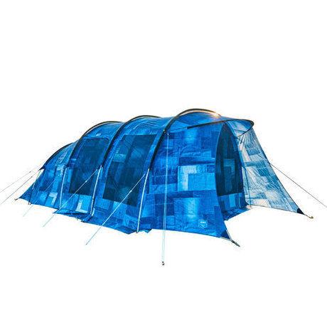 青色のテント