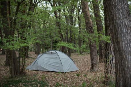 「黒テント」でおなじみのMURACO!ついに新色グレーのテントが登場!