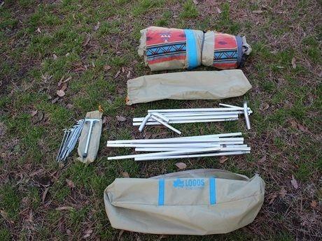 ロゴス「LOGOS ナバホ Tent Type-A」のテント、ペグ