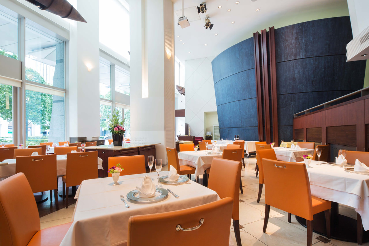 東京都 セレスティンホテル レストラン「グラン・クロス」