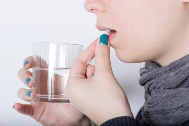 そのダイエットサプリやダイエット茶、飲み続けて大丈夫?気を付けたい下剤成分とは?