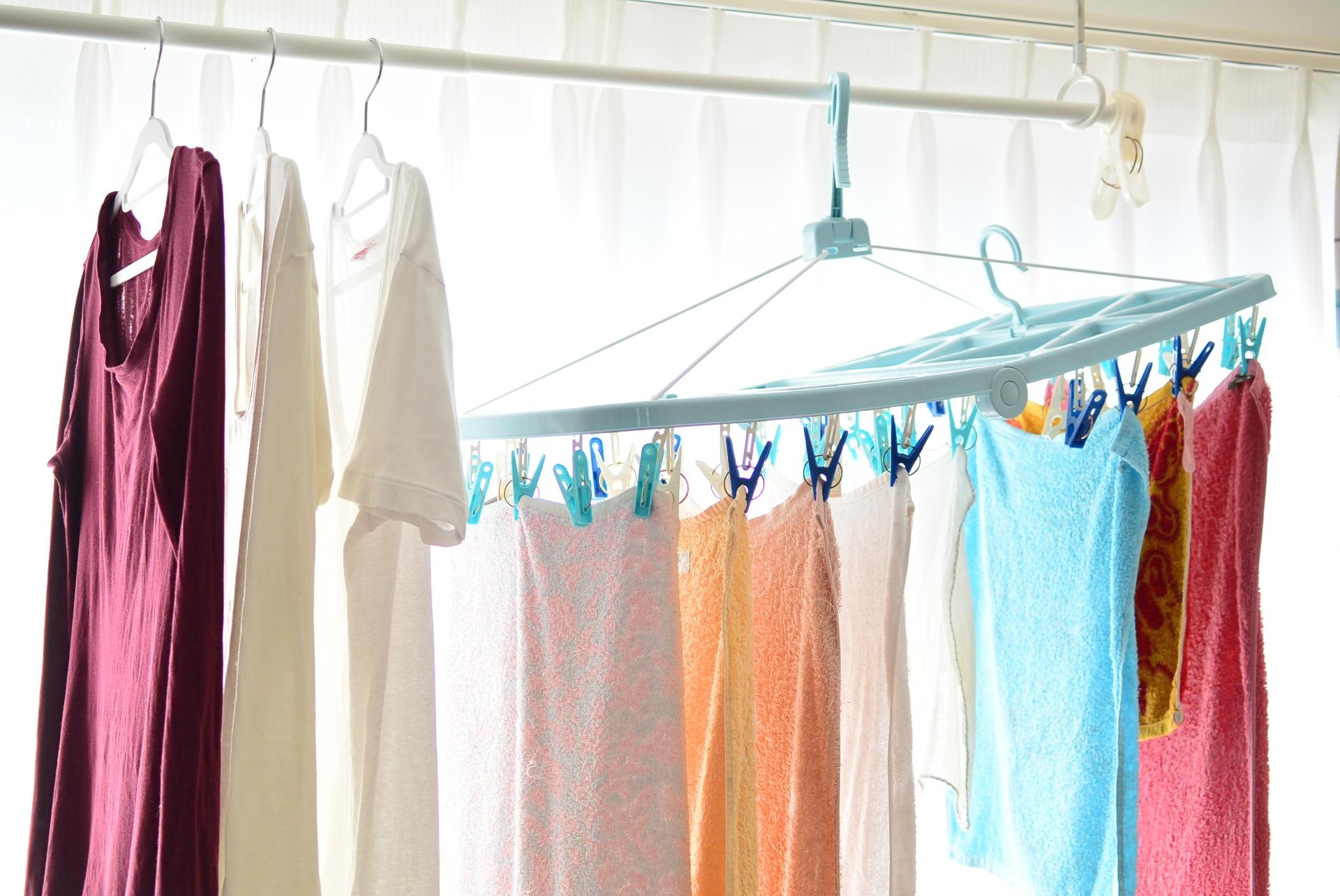 部屋干しは意外にもメリットが多い!部屋干しをマスターして、洗濯を楽にすませよう