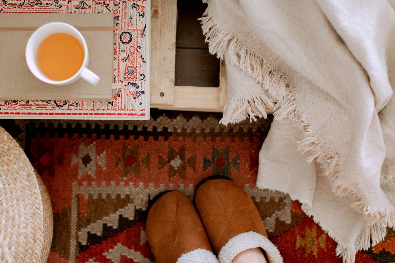 部屋が寒いのは嫌!寒い季節に部屋で暖かく快適に過ごす方法