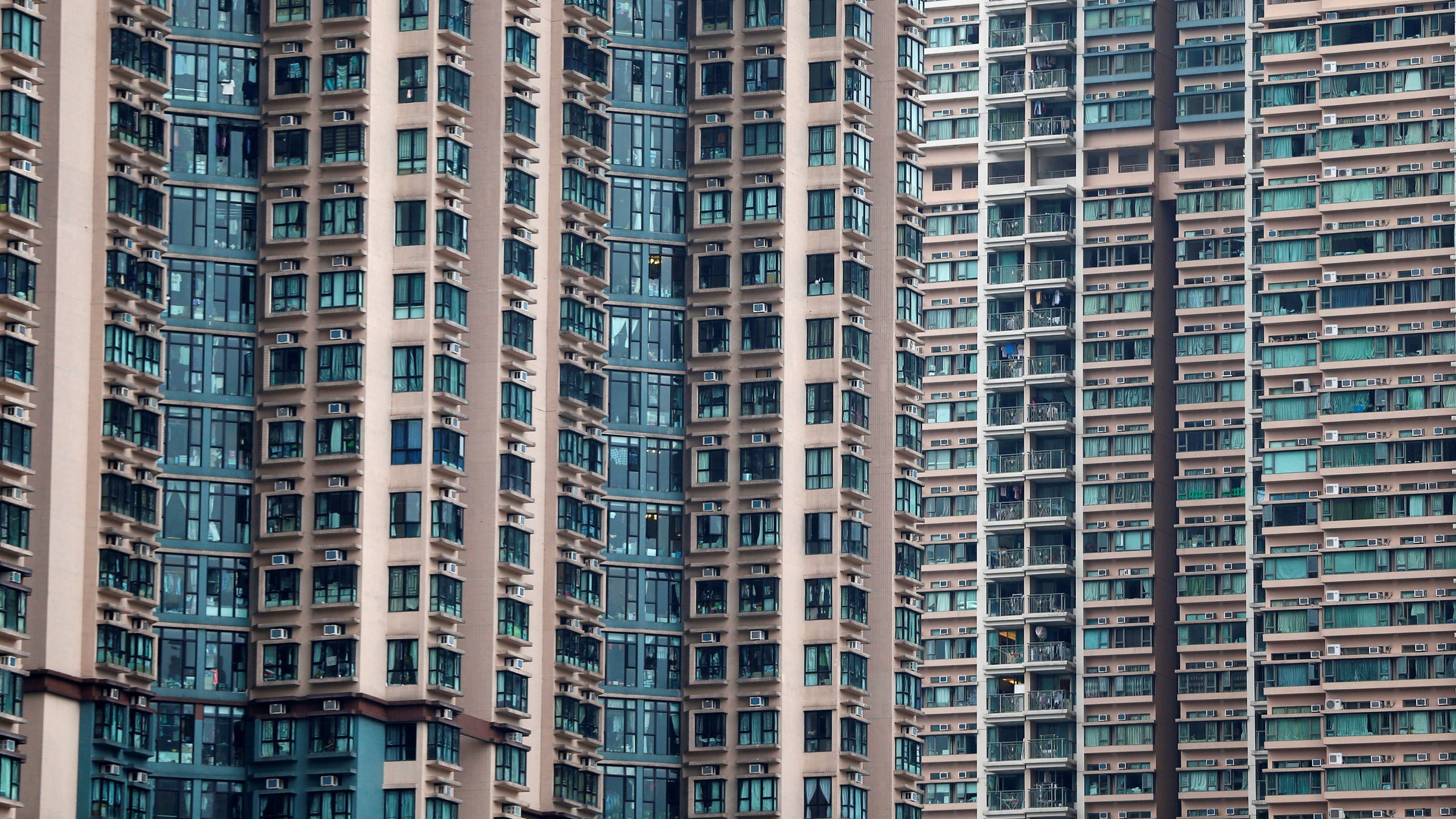 Hong Kongs Highflying Home Market Shows Signs Of Topping Out