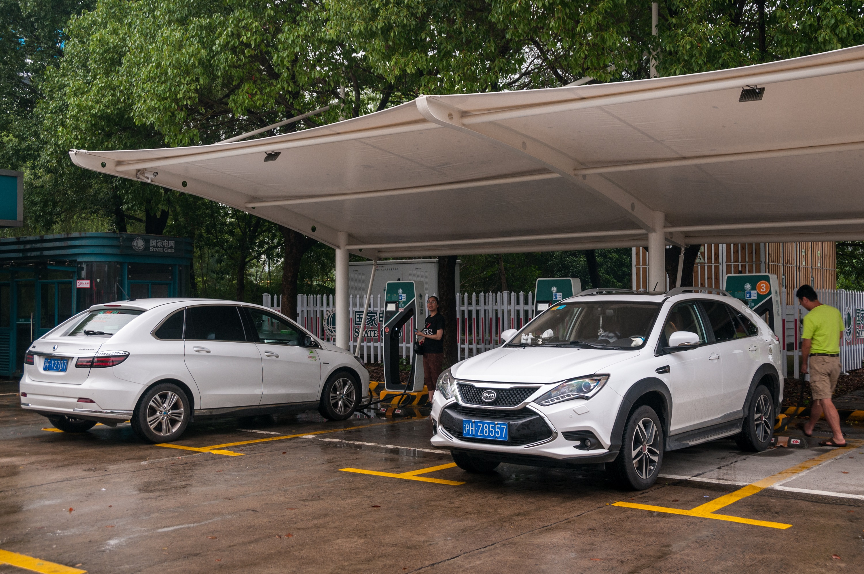 China's electric cars stuck on low charge - Nikkei Asian Review